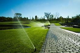 irrigation terrain golf allée