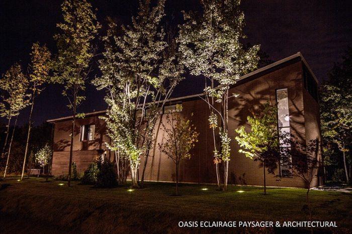 maison toit cathédrale slendeur nuit