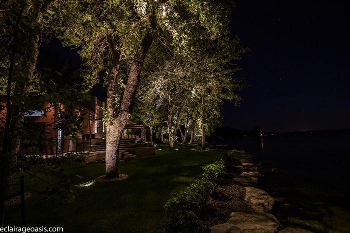 Luminaire led sur arbre