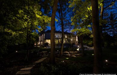 éclairage paysager extérieur maison